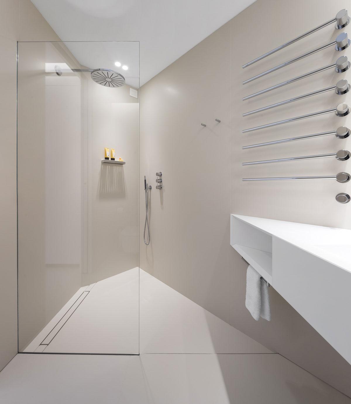 kamenná sprcha