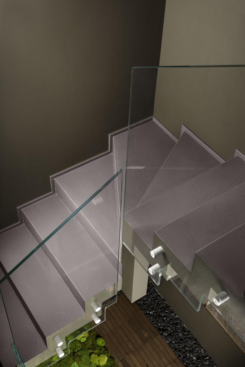 kamenný schodový obklad