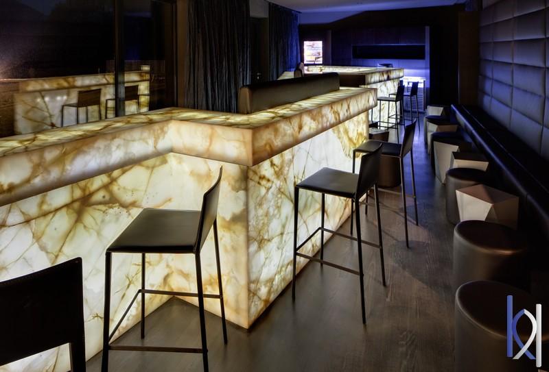 bar z onyxu