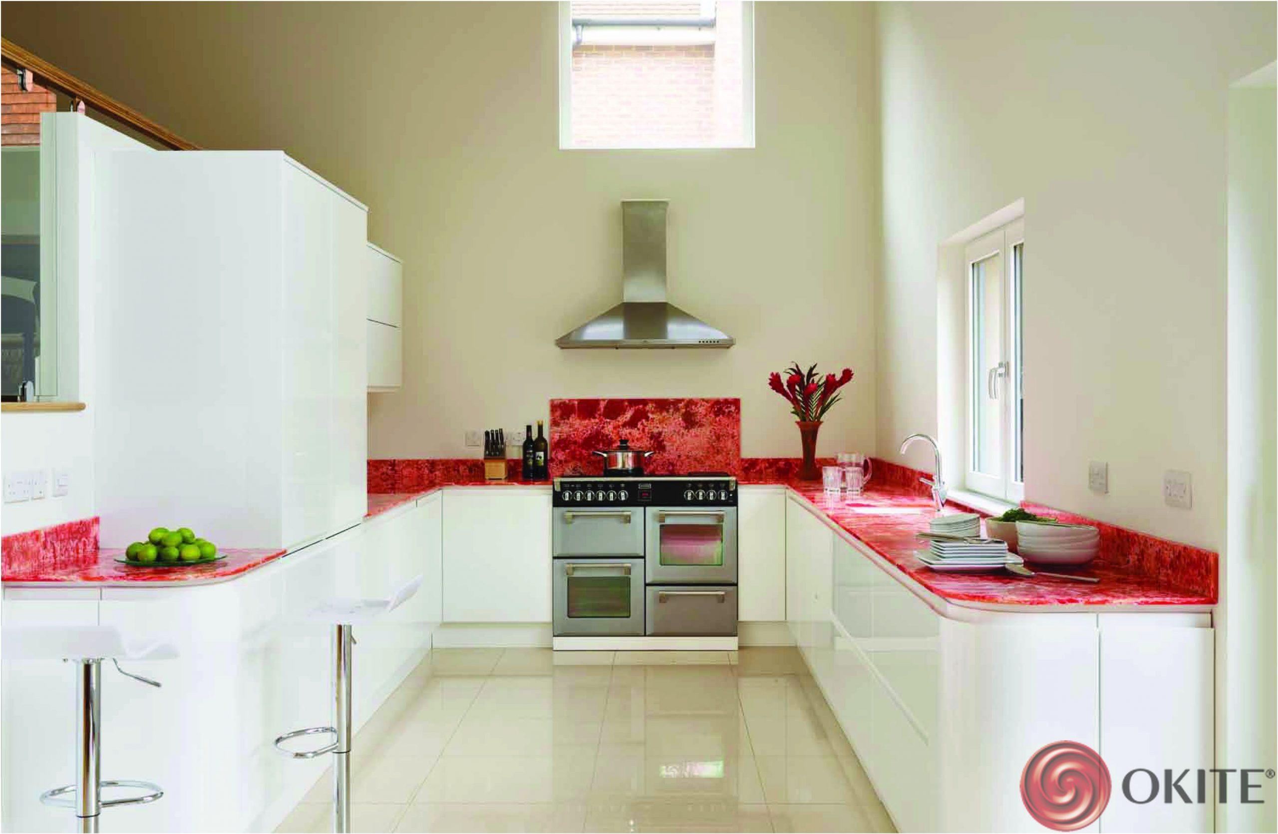 kuchynská pracovná doska z technického kameňa červená