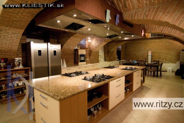 kuchynská doska prírodný kameň