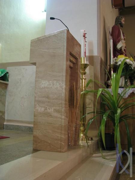 kameň použitý v kostole