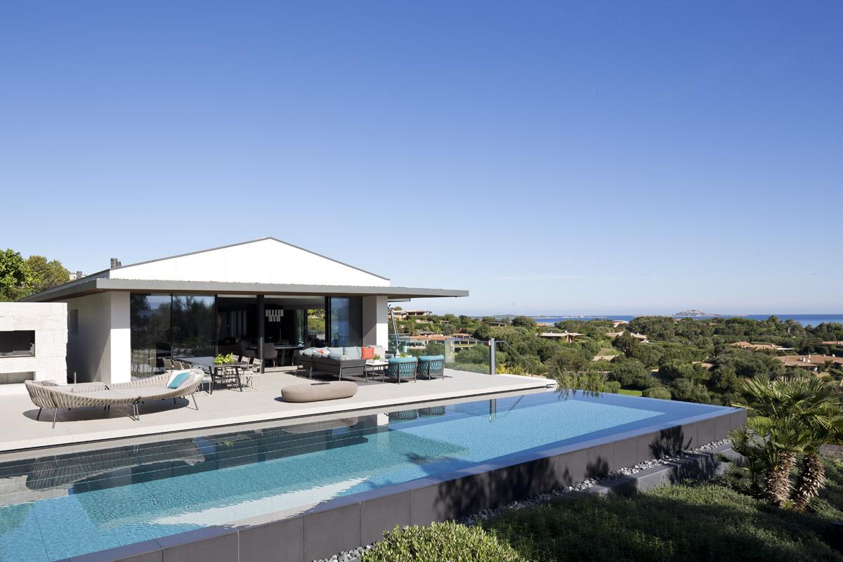 kamenný bazén